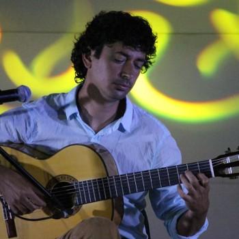 Guitarras Alhambra Artists JOSUÉ TACORONTE - CUBA