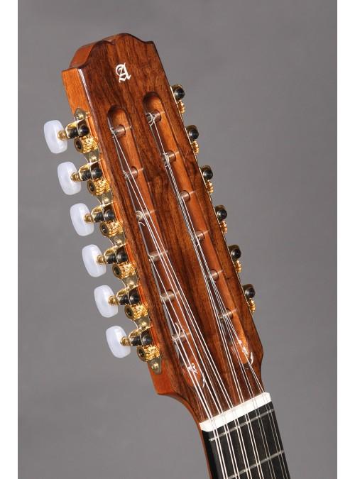 Guitarras Alhambra. Conservatorio. Laúd 4 P