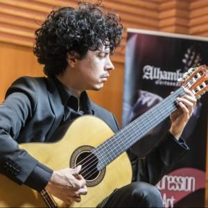 Guitarras Alhambra. Artistas. ALÍ ARANGO -CUBA