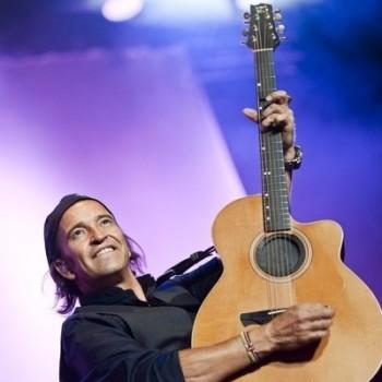Álvaro Urquijo Los Secretos Guitarras Alhambra