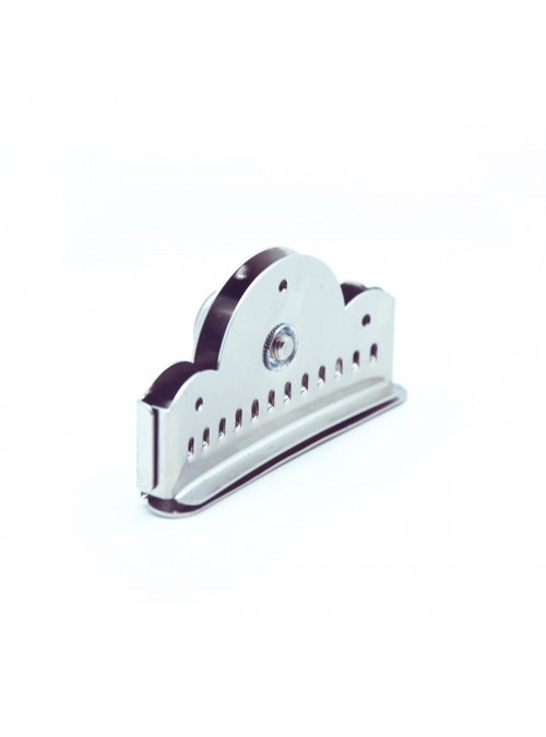 Guitarras Alhambra. Accessories. Nickel plated tailpiece for bandurria/lute. 9507
