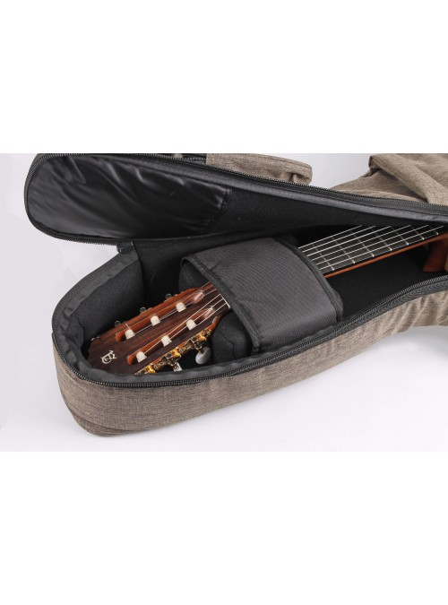Guitarras Alhambra. Accessories. Alhambra Soft Bag for dreadnought, auditorium and jumbo guitar 30 mm. 9745