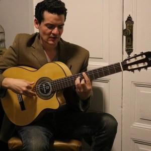 Guitarras Alhambra. Artistes. FERNANDO J. FIGUEREDO M.-PARAGUAY