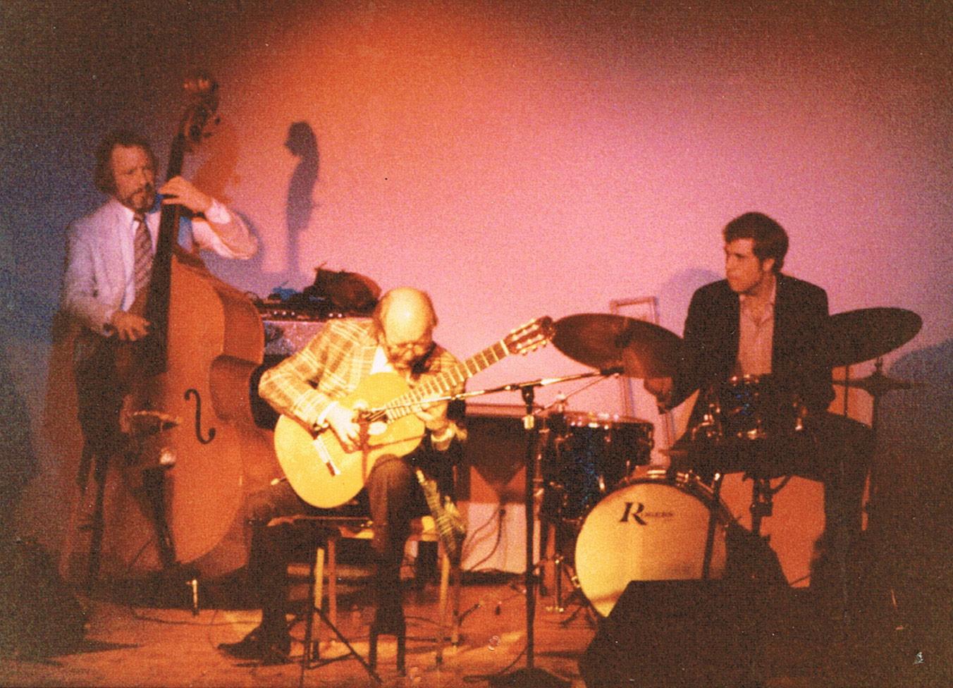 La guitarra española en el Jazz, fingerstyle