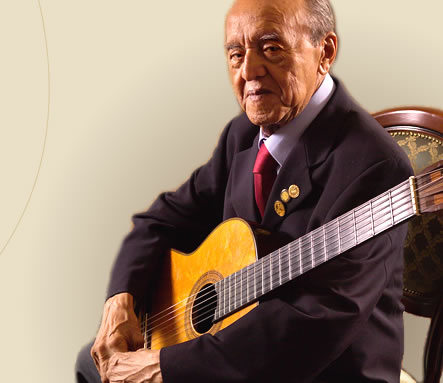Alirio Diaz, a lover of guitar